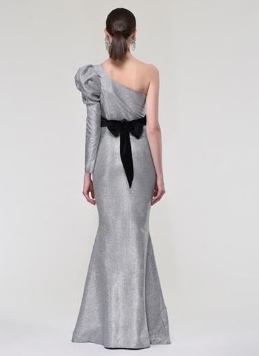 Nur Karaata Elbise Gümüş